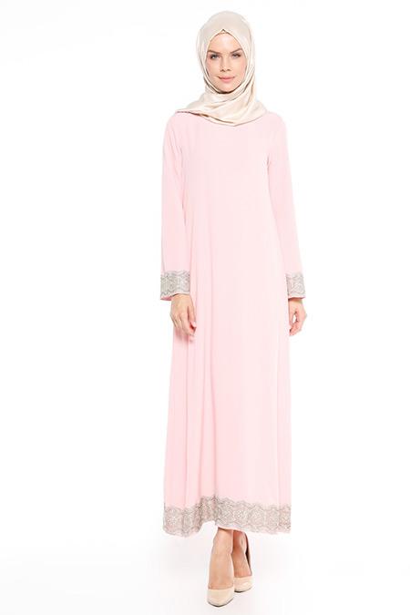 Beha Tesettür Pudra Dantel Detaylı Elbise