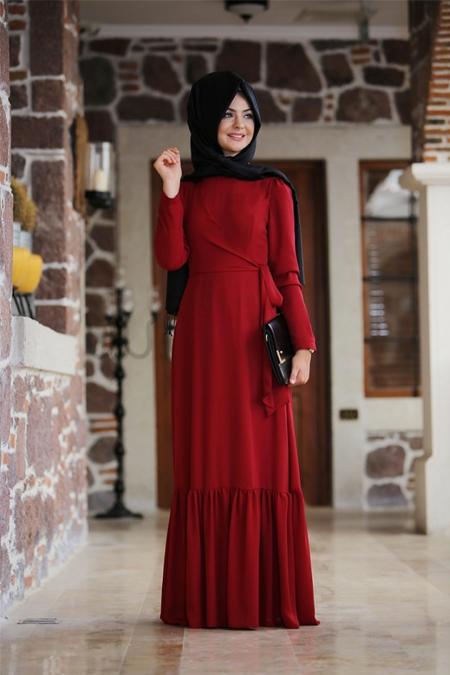 Pınar Şems Kırmızı Eteği Fırfırlı Elbise