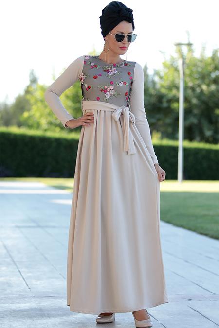 Selma Sarı Design Bej Nakış İşlemeli Elbise