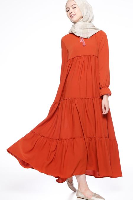 Beha Tesettür Kiremit Fırfırlı Elbise
