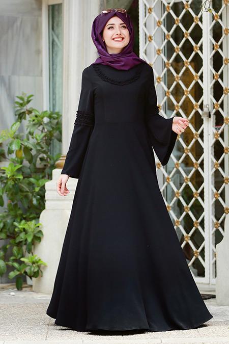 Gamze Özkul Siyah Fırfır Detaylı Elbise