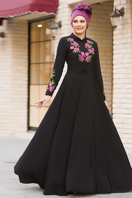 Gizem Kış Siyah Benefşe Nakışlı Elbise