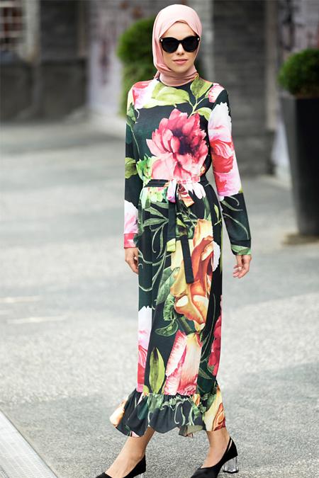 Refka Siyah Volan Detaylı Çiçekli Elbise