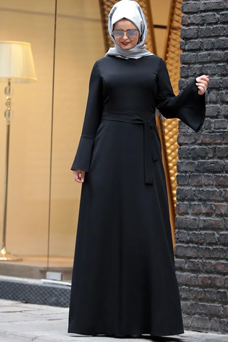 Saliha Büyük Beden Siyah Volanlı Elbise