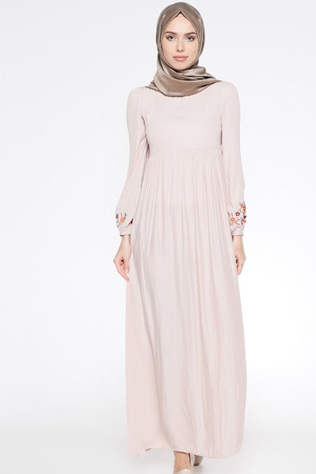 Tuncay Pudra Nakış Detaylı Elbise