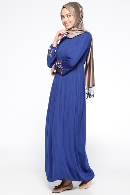 Tuncay Saks Nakış Detaylı Elbise