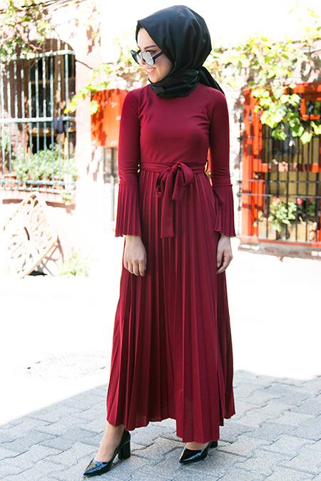 İnşirah Bordo Piliseli Elbise