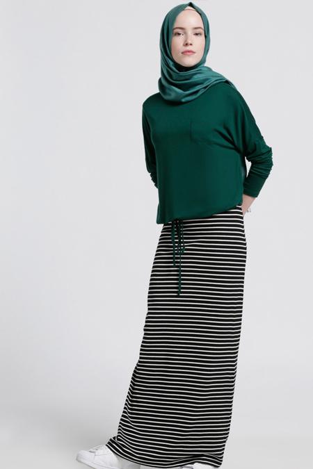 Benin Zümrüt Kolsuz Elbise & Bluz İkili Takım