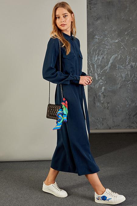 Vavist Lacivert Cep Detaylı Elbise