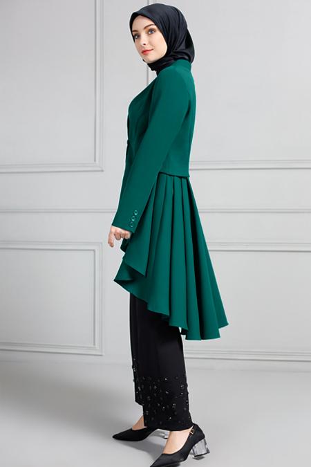Refka Zümrüt Yeşili Arkası Uzun Pileli Ceket
