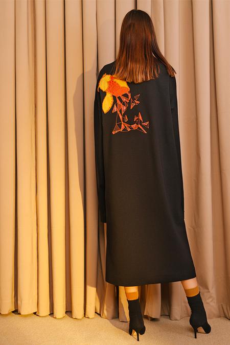 Kuaybe Gider Siyah Sırt Detaylı Elbise