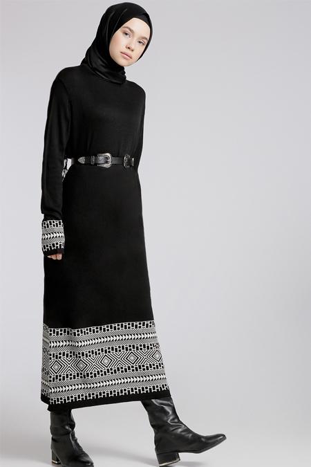Benin Siyah Taş Triko Elbise