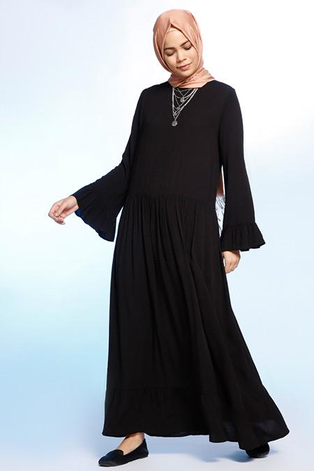 Benin Siyah Fırfır Detaylı Elbise