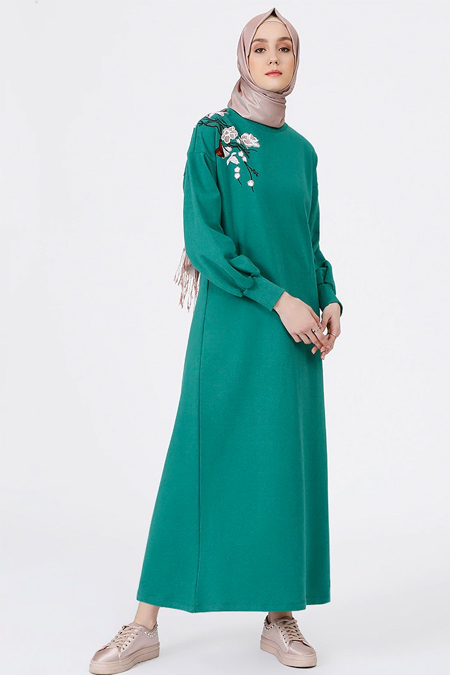 Benin Yeşil Nakış Detaylı Elbise