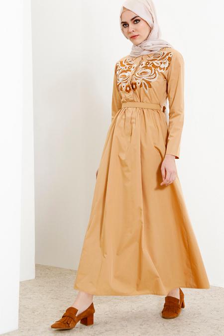 Refka Camel Nakışlı Elbise
