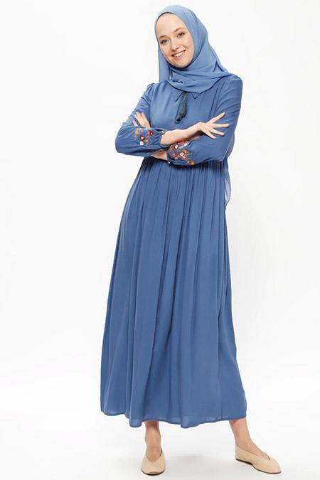 Beha Tesettür İndigo Nakışlı Elbise