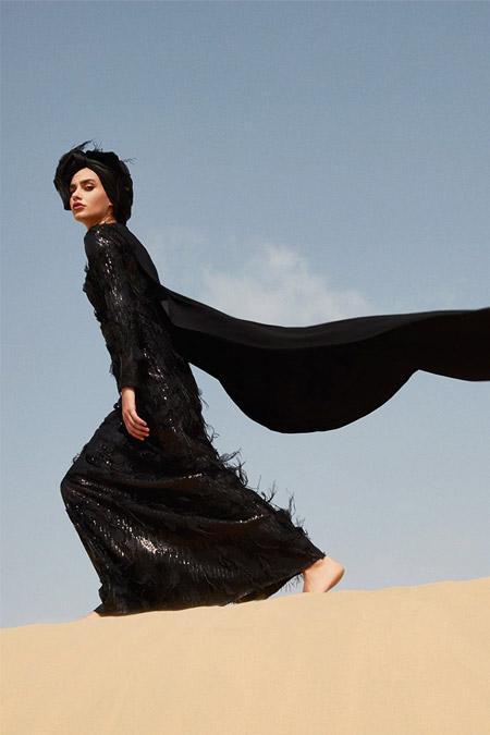 Raşit Bağzıbağlı Siyah Tüy Detaylı Payetli Abiye Elbise