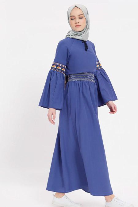 Benin Lacivert Nakışlı Beli Lastikli Elbise