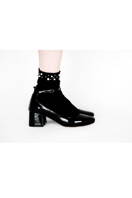 Marcatelli Bilekten Bağlı Siyah Rugan Topuklu Ayakkabı