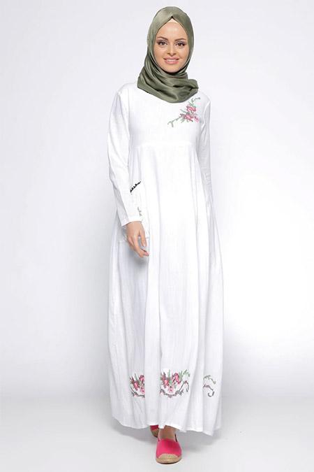 Çıkrıkçı Beyaz İşlemeli Şile Bezi Elbise