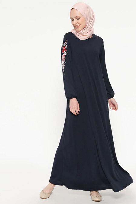 İLMEK TRİKO Lacivert Kolları Nakışlı Elbise