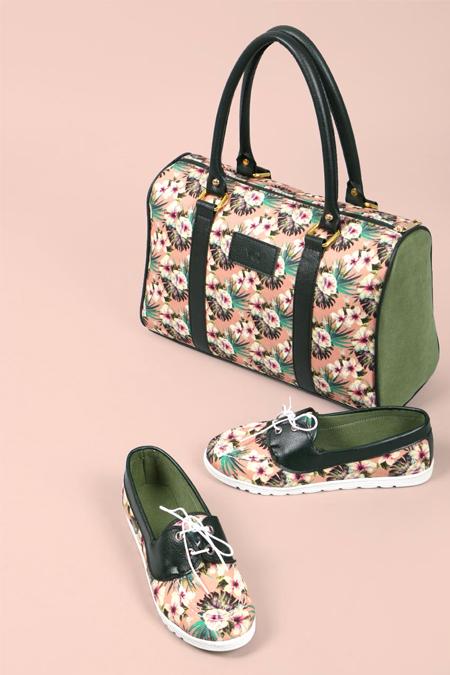 Çiçek Desenli Haki Yeşili Kol Çantası ve Ayakkabı Set