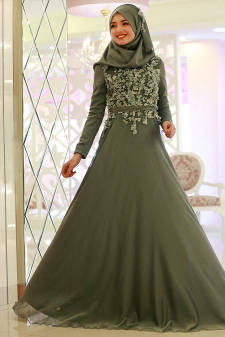 Gamze Özkul Yeşil Ayla Şifon Abiye Elbise