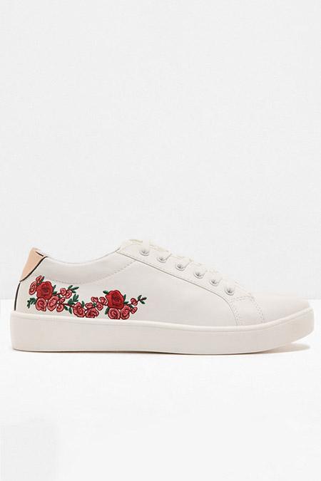 Koton Beyaz İşlemeli Bağcıklı Spor Ayakkabı