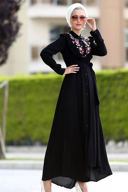 Myzen Siyah Nakışlı Mercan Elbise