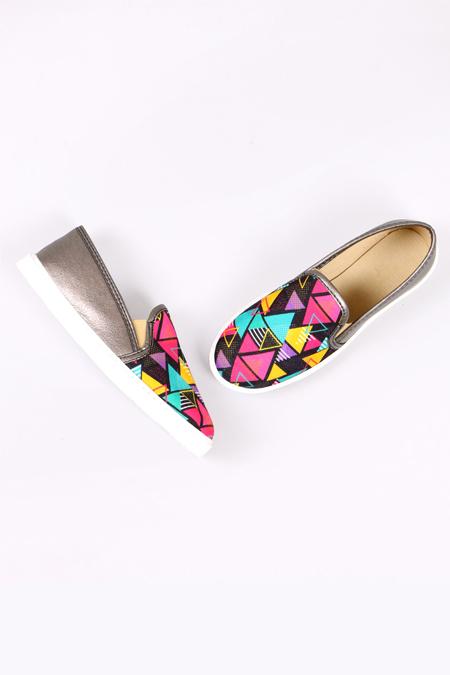 Enbimoda Gri Renkli Üçgen Desenli Sneaker Ayakkabı