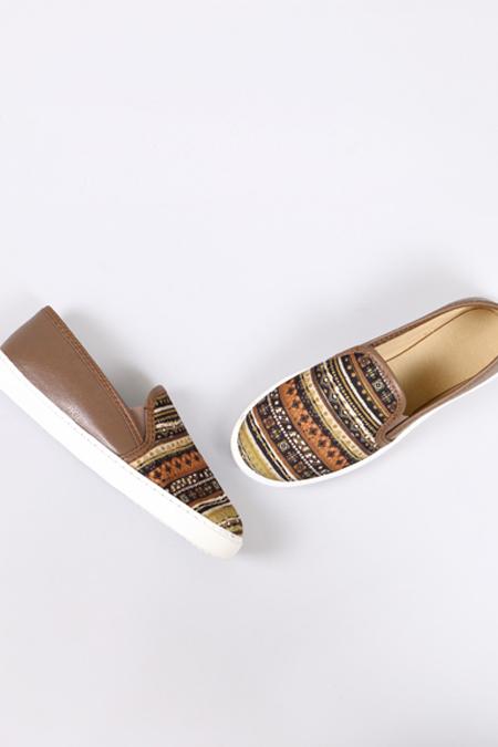 Enbimoda Vizon Halı Desenli Sneaker Ayakkabı
