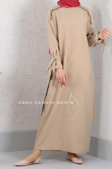 Esra Keskin Demir Camel Şerit Detaylı Elbise