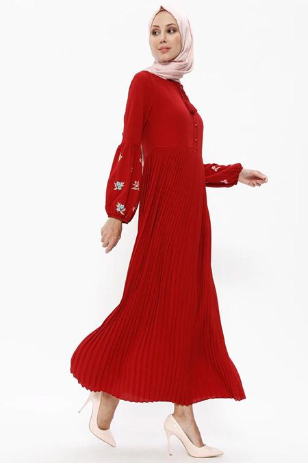 Puane Kırmızı Piliseli Elbise