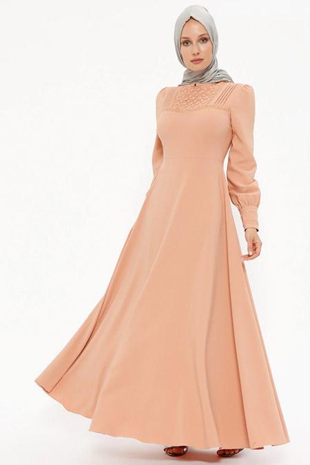 Puane Somon Dantel Detaylı Elbise
