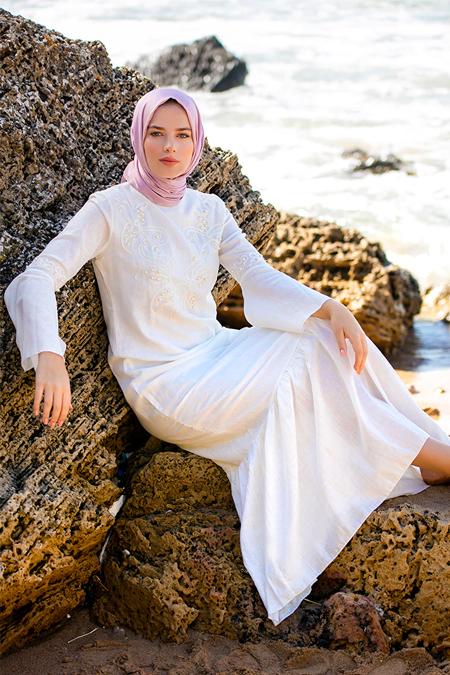 Refka Beyaz İnci Detaylı Pamuklu Elbise