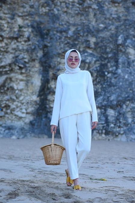 Elif ESER Beyaz Pantolon