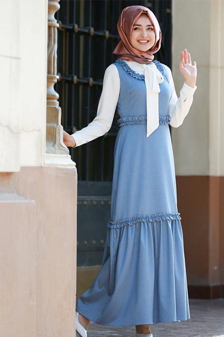 Gamze Özkul Mavi Kolsuz Fırfırlı Elbise