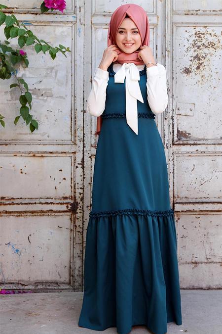 Gamze Özkul Petrol Kolsuz Fırfırlı Elbise