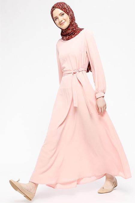 Beha Tesettür Pudra Kuşaklı Elbise