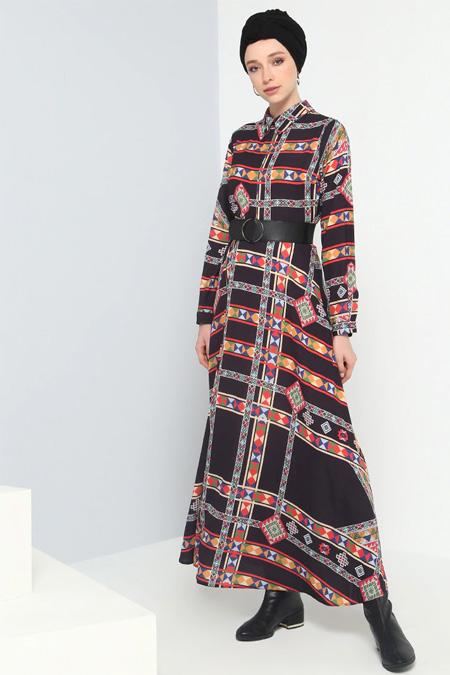 Benin Siyah Kemer Detaylı Desenli Elbise