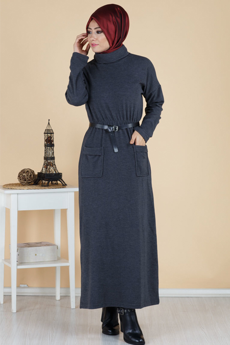 Beli Lastikli Degaje Yaka Cep Detaylı Tesettür Elbise