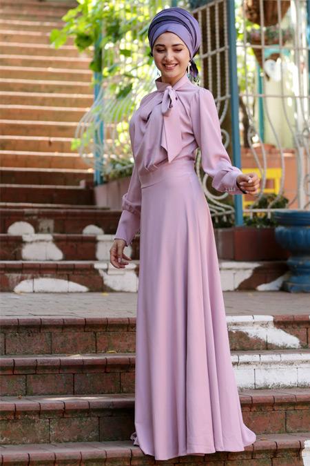Gamze Özkul Pudra Fularlı Elbise