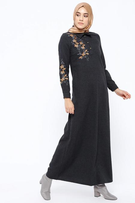 Ginezza Siyah Nakış Detaylı Elbise