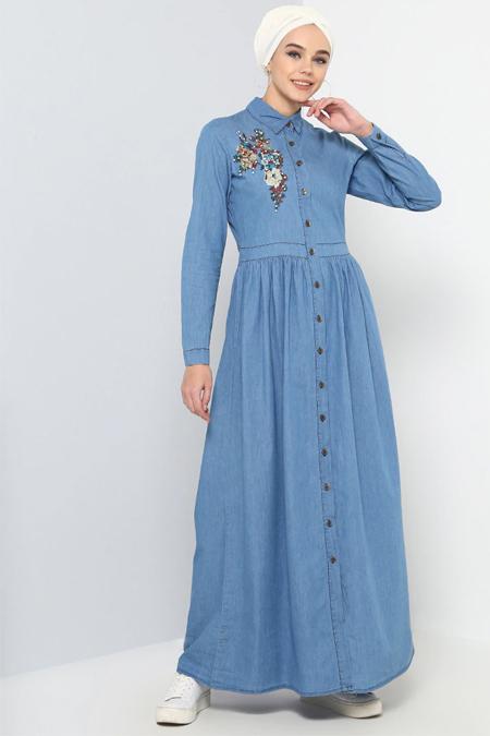 Refka Açık Mavi Doğal Kumaşlı Nakışlı Kot Elbise