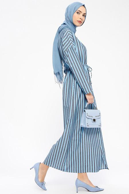 Tavin Mavi Boydan Düğmeli Çizgili Elbise