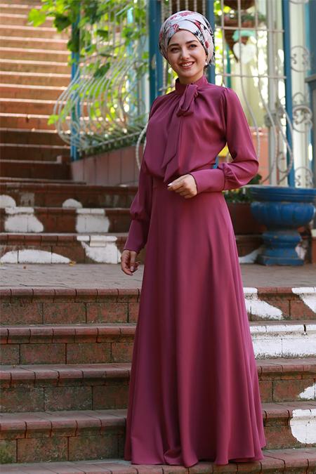 Gamze Özkul Mürdüm Fularlı Elbise