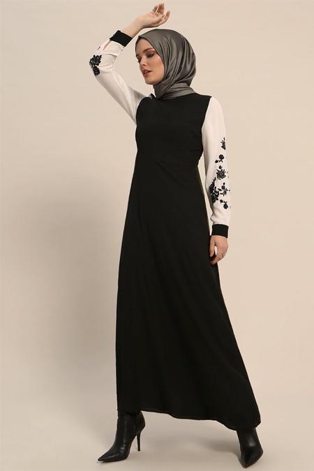 Refka Siyah Kolları Nakışlı Elbise