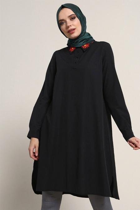 Refka Siyah Yakası Nakış İşlemeli Tunik