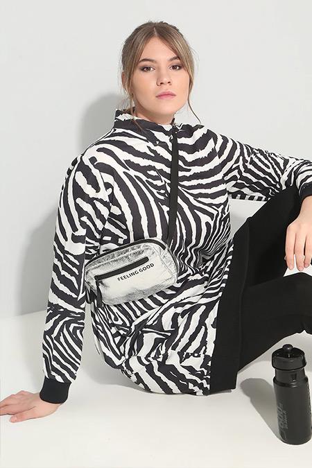 Alia Siyah Beyaz Zebra Desenli Balıkçı Yaka Tunik
