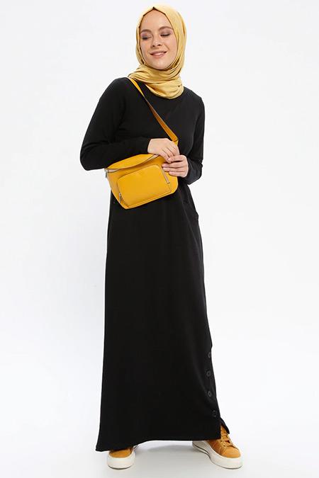 Beha Tesettür Siyah Yanları Düğmeli Cepli Elbise
